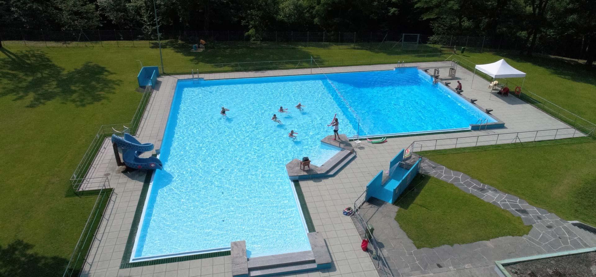 piscina-pubblica-svizzera
